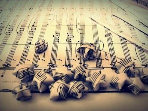 black-and-white-cute-lyrics-music-photography-Favim.com-315599
